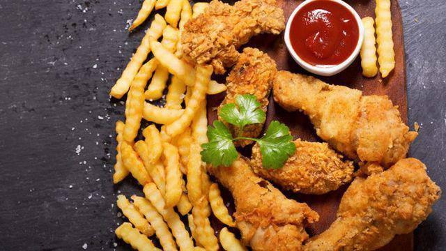 Ăn gì bổ mắt? Những thực phẩm nên tránh nếu không muốn sớm hỏng mắt - 5