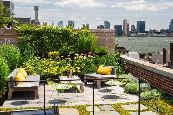 Những mẫu thiết kế sân thượng đẹp cho nhà ống hoặc nhà phố hiện đại - 10