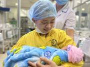 Thai phụ 30 tuần gặp tai nạn giao thông gần như chết não, BS cứu sống cả 2 mẹ con