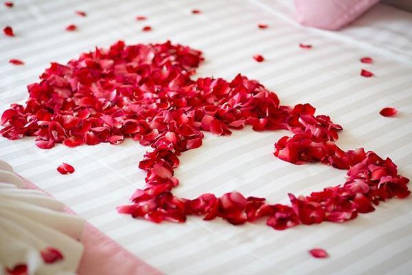 5 Cách trang trí phòng cưới, phòng tân hôn đơn giản mà lãng mạn - 4