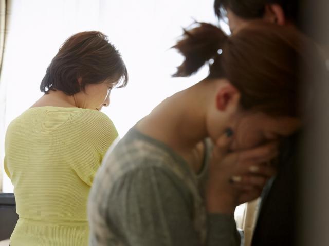 Mẹ chồng tát con dâu ngay tại phòng sinh, biết nguyên nhân ai cũng nói đánh là đúng