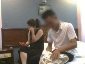 Xem camera hành trình phát hiện chồng vụng trộm, vợ càng tức hơn trước câu nói của cô tình nhân