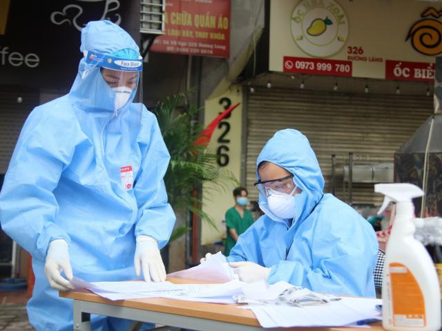 Ngày 19/10, có 3.034 ca mắc COVID-19 mới, hơn 3.500 bệnh nhân nặng đang được điều trị
